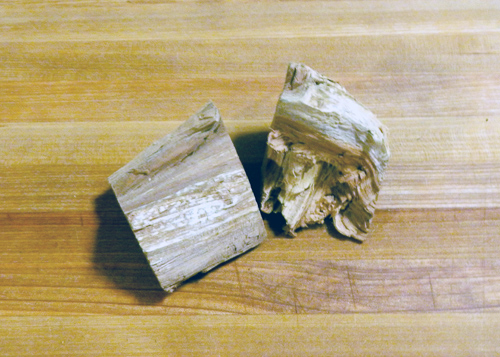 Types of Wood for Smoking - Apple Wood Chunks
